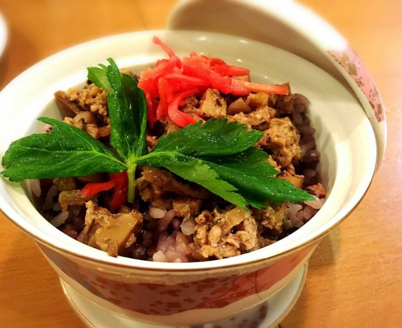 魯肉飯(ルゥロー飯)
